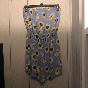 Sunflower Romper NWT 🌻